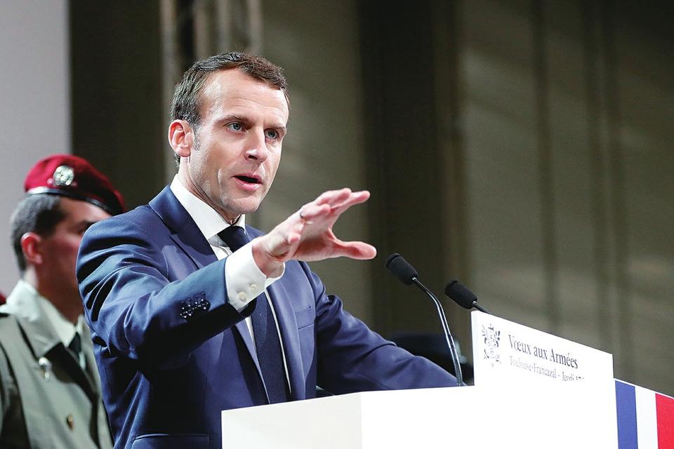 法国总统马克龙表示 法军今年留在叙伊反恐